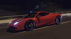 ポルシェ 991 GT3 RS vs フェラーリ 458 スペチアーレ 公道加速対決動画