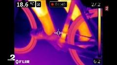 サーマルカメラでインチキ電動チャリダーを見つけ出せるか試してみた動画