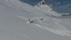 豪雪地帯に道を作る作業を上空から撮影した美しき世界