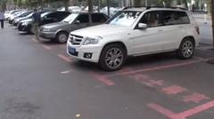 中国で1.5倍広い女性専用駐車スペースが作られる