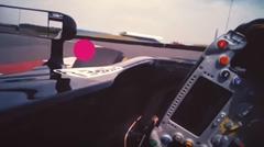 F1ドライバーは走行中どこを見ているのかわかる動画