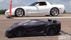 シボレー コルベット チューニングカー vs ラジコンカー 加速対決動画