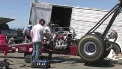 ドラッグスター「レース前にエンジン調整しとくか」 → 爆発