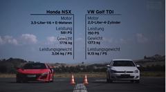 やる意味あるの?新型ホンダ NSX vs フォルクスワーゲン ゴルフ TDI ドラッグレース対決動画