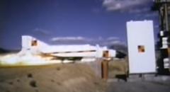 772km/hで壁に激突させちゃうF-4ファントムのクラッシュテスト動画