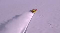 RCボートって水が無くても雪があれば遊べるらしいよ