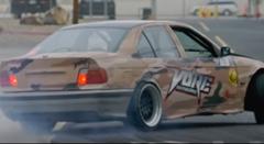 泥棒BMW と警察フォードが超絶ドリフトしちゃうミニムービー