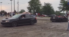 スバル WRX vs フォード マスタングGT 綱引き対決動画