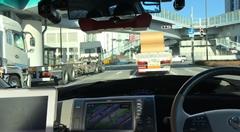 自動運転車開発プラットホーム RoboCar Minivan のお台場公道走行動画