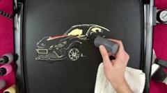 パンケーキでトヨタ 86 を描いちゃうパンケーキアート