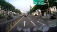 韓国のレッカー車の無茶すぎる公道爆走動画