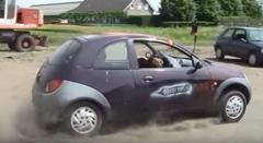 フォード Ka コンバーチブルを一瞬で作る方法がわかる動画