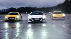 新型ホンダ NSX vs アウディ R8 V10 vs ポルシェ 911 ターボ ヘビーウェット加速対決動画