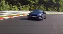 セアト レオン クプラ vs 日産 GT-R ニュルバトル動画