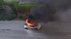 ランボルギーニ ガヤルドが炎上する一部始終を捉えた動画
