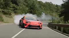 1000馬力オーバーのトヨタ 86がテストコースで超絶ドリフトしちゃう動画