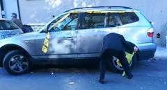 駐車違反の輪止め攻撃を食らったおじいさんの奮闘動画