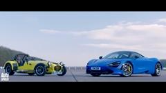マクラーレン 720S vs ケータハム 620R ドラッグレース対決動画