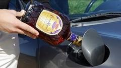 ポルシェ ボクスターの燃料タンクにウイスキーを混ぜてみた