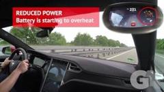 テスラ モデルS の静かで速いアウトバーン高速巡航動画