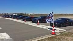 アヴェンタドール vs ウラカン vs GT-R vs 911ターボS vs ヴァンテージ vs M3 vs C63 vs ゴルフR vs パナメーラ vs RS6 10台同時ドラッグレース動画