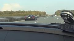 ポルシェ 918 スパイダー vs ケーニグセグ アゲーラR アウトバーン350km/h動画