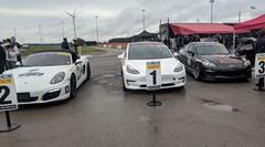 テスラ モデル3がスポーツカーのタイムアタックでうっかり優勝
