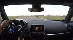 アルピーヌ A110 のサーキットオンボード動画