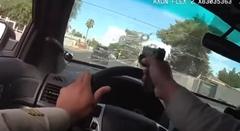 フロントガラス越しに拳銃を撃ちまくるラスベガスの警官がスゴすぎる動画