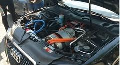 テスラ モデルS のモーターを移植しちゃったアウディ S5