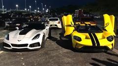 フォード GT vs シボレー コルベット ZR1 加速対決動画