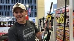 日本とアメリカのセルフガソリンスタンドの違いがわかる動画