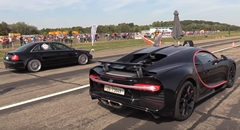ブガッティ シロン vs 1300馬力アウディ RS4 加速対決動画