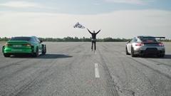 EVに改造したアウディ RS3 vs スーパーカー 加速対決動画