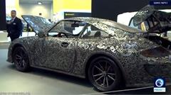 金属のスクラップだけで作られたポルシェ 911 GT3 RS