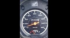スピードメーターさん あまりの速さに気が動転するwwww