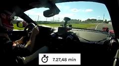 フェラーリ 812 スーパーファスト ニュル7分27秒48 フルオンボード動画