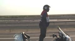 バイク立ち乗り41.8km 世界最長ギネス記録動画