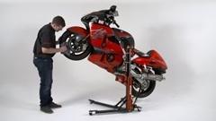 バイクの整備が捗りそうなバイクスタンド