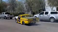 ドラッグカーを修理したからテスト走行するよ → クラッシュ