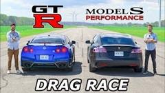 テスラ モデルS パフォーマンス vs 日産 GT-R ドラッグレース動画