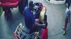 お父さん「息子よ 四輪バギー乗ってみるか?」→ クラッシュ