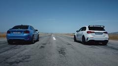 BMW M2 CS vs メルセデス AMG A45 S ドラッグレース動画