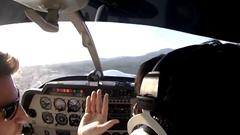 エンジン不調のまま離陸した軽飛行機が森に激突しちゃう動画