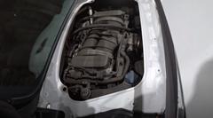 ポルシェ 981 ボクスターのエンジンルームを覗いてみよう