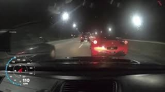 フェラーリ 458 vs ホンダ シビック 高速道路バトル動画