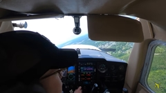 教習生が単独飛行中にエンジン停止しちゃう恐怖映像